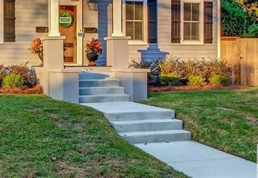 Residential Concrete Steps and Walkway