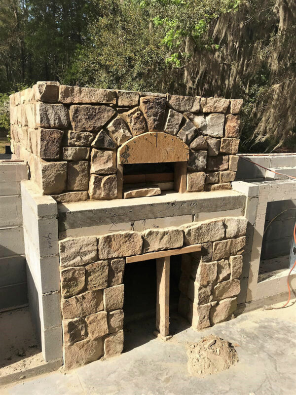 Residential Outdoor Kitchen Stone Pizza Oven